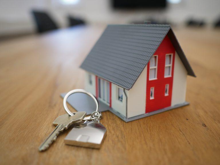 Millenial Perlu Memastikan Tiga Hal Ini Sebelum Membeli Rumah